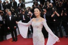 Gong Li deltar i `en för `-kafésamhälle, Fotografering för Bildbyråer