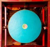 Gong in un monastero buddista Fotografia Stock