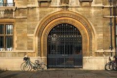 Gonville och Caius högskola, Cambridge, England Arkivfoton