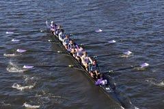 Gonzaga Crew compete na cabeça da juventude oito do ` s de Charles Regatta Men Fotos de Stock Royalty Free