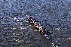 Gonzaga Crew compete na cabeça da juventude oito do ` s de Charles Regatta Men Imagens de Stock