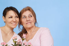 Good Caucasian elderly woman and her daughter Royalty Free Stock Photos