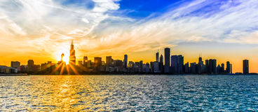 Good Night Chicago. Perfect capture of the sun setting over the Chicago skyline Royalty Free Stock Photos