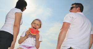 Good time family in front of ocean Royalty Free Stock Photos