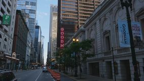 Goodman-Theater in Chicago - CHICAGO, VEREINIGTE STAATEN - 11. JUNI 2019 stock video footage