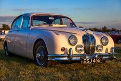 GOODWOOD, WEST SUSSEX/UK - SEPTEMBER 14 : Jaguar Mk 2 saloon par Royalty Free Stock Photos