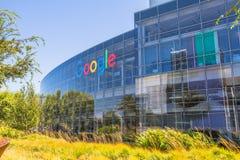 Google размещает штаб знак Стоковая Фотография