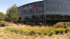Google acquartiera l'icona archivi video