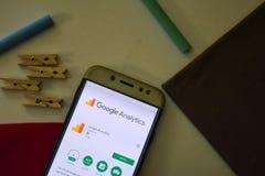 Google analityka App na Smartphone ekranie obrazy royalty free