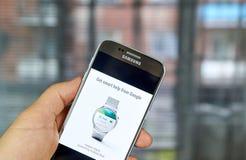 Google Android klädersmartwatch Royaltyfri Foto