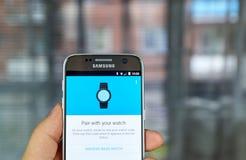 Google Android klädersmartwatch Royaltyfria Bilder