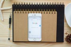 Google es una sociedad multinacional americana que se especializa en Internet Foto de archivo