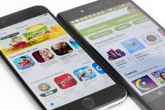 Google juega y Apple App Store Foto de archivo