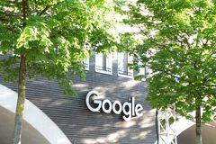 Google kontorsbyggnad i Munich royaltyfria bilder