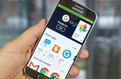 Google logo och applikationer Arkivfoto