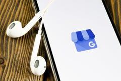 Google min symbol f?r aff?rsapplikation p? n?rbild f?r sk?rm f?r Apple iPhone X Google min aff?rssymbol Google min aff?rsapplikat fotografering för bildbyråer