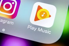 Free Google Play Music Application Icon On Apple IPhone X Screen Close-up. Google Play App Icon. Google Play Music Application. Social Royalty Free Stock Photos - 112760028
