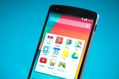 Google-Samenhang 5 Smartphone Stock Afbeelding