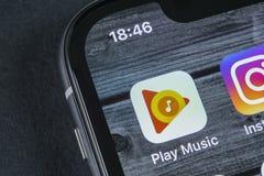 Google sztuki Muzyczna podaniowa ikona na Jabłczany X iPhone parawanowym zakończeniu Google sztuki app ikona Google sztuki muzyki Zdjęcie Royalty Free