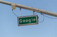 Google-Verkehrsschild Stockfotos