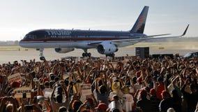 GOP总统候选人唐纳德・川普竞选在萨加门多, 库存照片