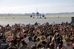 GOP总统候选人唐纳德・川普竞选在萨加门多, 免版税图库摄影
