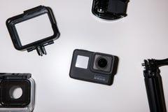 GoProheld 5 actiecamera met toebehoren Stock Afbeeldingen