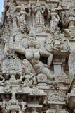 Gopuram (tour) de temple indou image stock