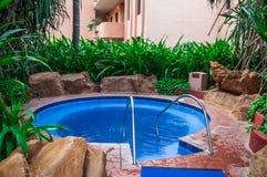 Gorąca balia przy kurortem w Meksyk zdjęcie stock