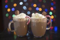 Gorąca czekolada z śmietanki i cukierku trzcinami Obraz Royalty Free