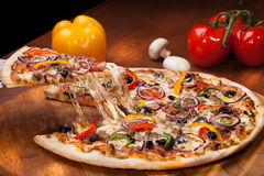 Gorąca pizza obraz stock