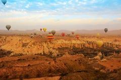 Gorące powietrze balon, Cappadocia Turcja wschód słońca Fotografia Royalty Free