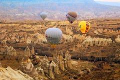 Gorące powietrze balon, Cappadocia Turcja wschód słońca Obrazy Royalty Free
