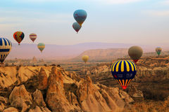 Gorące powietrze balon, Cappadocia Turcja wschód słońca Obraz Royalty Free