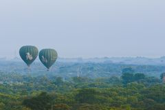 gorące powietrze pagody i balony zdjęcia royalty free