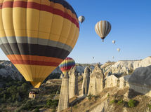 Gorące powietrze szybko się zwiększać Cappadocia, Turcja Zdjęcia Stock