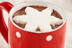 Gorący kakao z bat śmietanką Zdjęcia Royalty Free