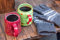 Gorący wino i rękawiczki zdjęcie royalty free