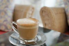 Gorąca kawa w ranku pokoju. Fotografia Royalty Free