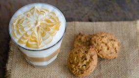 Gorąca Latte sztuki kawa Zdjęcia Royalty Free
