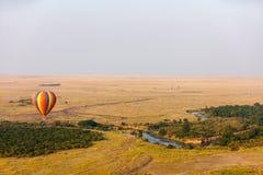 Gorące powietrze balon w Afryka Obrazy Royalty Free