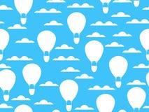 Gorące powietrze balon w chmura bezszwowym wzorze Balon w nieba tle wektor Obraz Royalty Free