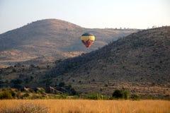 Gorące powietrze balon w Pilanesberg parku narodowym Obrazy Royalty Free