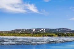 Gora Belaya Sverdlovsk region Ryssland arkivfoton