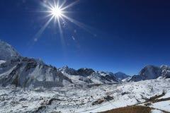 Gorakshap beside Everest od kallapather szczytu Zdjęcie Stock