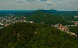 Gorącej wiosny Arkansas zieleni stanu wzgórza kraju Ozark góry Fotografia Royalty Free