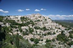 Gordes - une ville de sommet dans les Frances Photo libre de droits