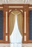 Gordijnen op een gesneden gebied van hout in een klassieke stijl vector illustratie