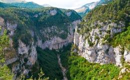 Gorge d'Escuain dans Pyrénées, Huesca, Espagne Image stock