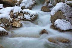 Gorge de Partnachklamm - de Partnach près de Garmisch-Partenkirchen bavaria l'allemagne images libres de droits